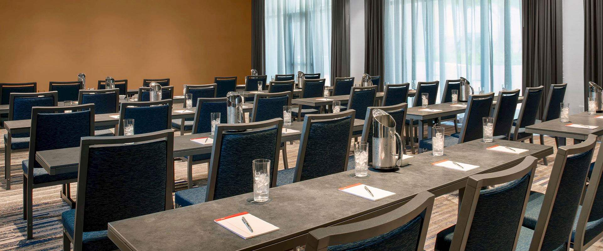 Plan Your Event with Daytona Beach Hotel