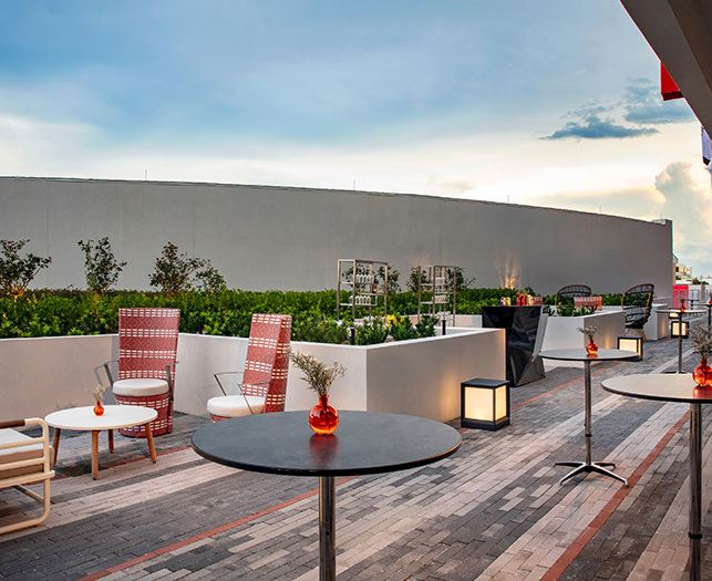 Daytona Beach Hotel Offers Terrace Over Looking Venue