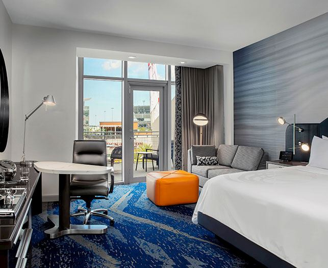 King Guest Room With Balcony At The Daytona, Autograph Collection Hotel